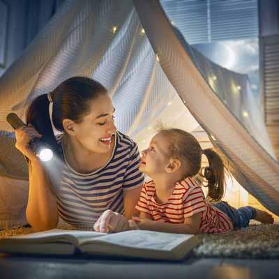 «Главное слово в каждой судьбе»: 9 книг о мамах, мамочках и мамулечках